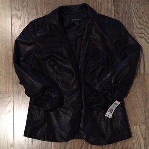 3/4 sleeve length light weight blazer
